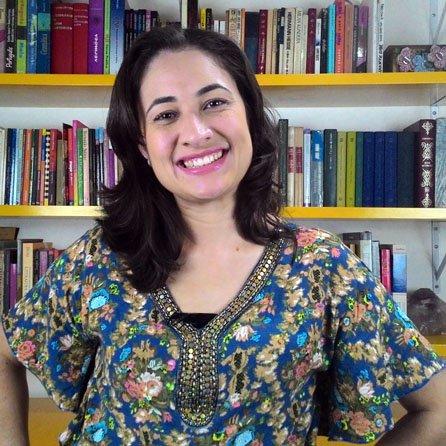 Professora Mariana Santana Marins, Redação para concursos